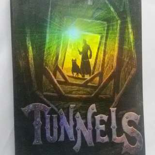 Tunnels (Roderick Gordon & Brian Williams)