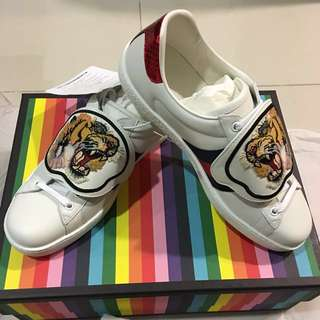 Gucci New Ace Tiger Strap Leather Sneaker