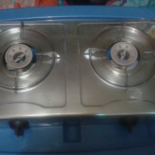 REPRICED!!!!   2 Burner gas stove