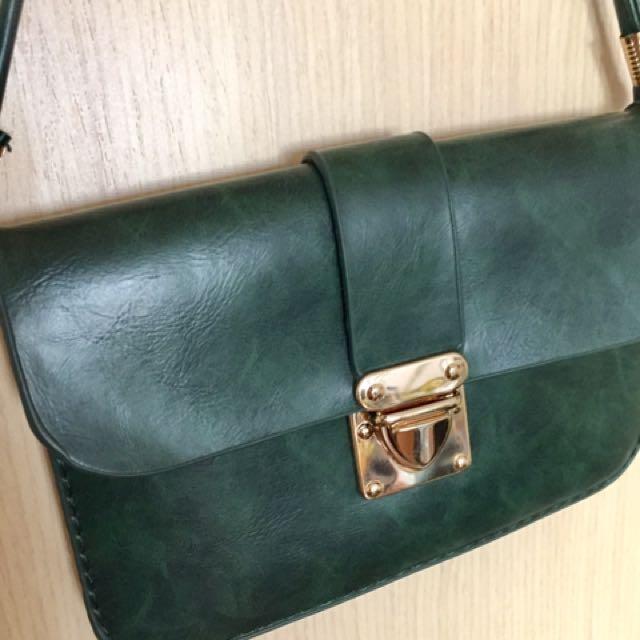 墨綠皮小包