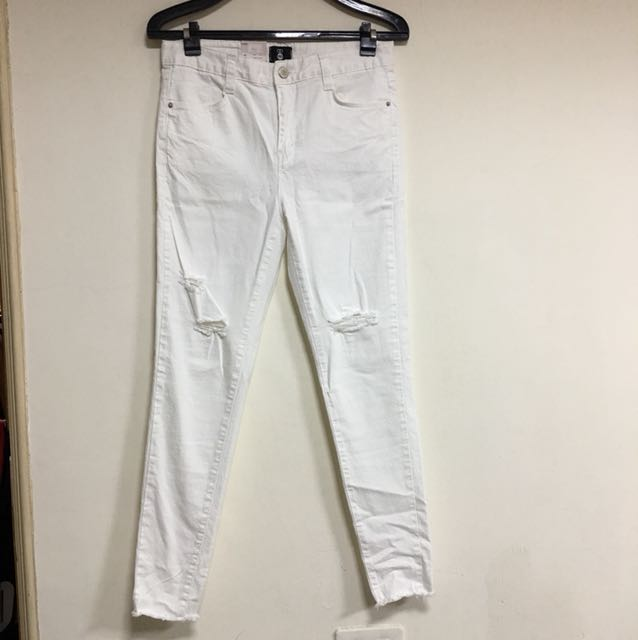 正韓牛仔布料合身款白色破褲