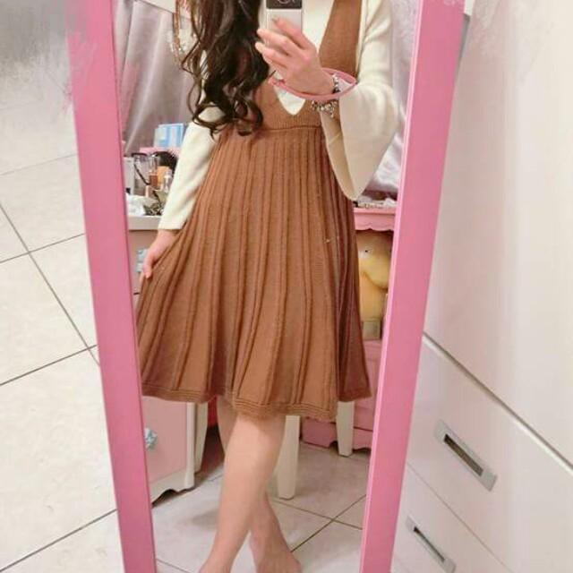 正韓洋裝,駝色針織連身裙