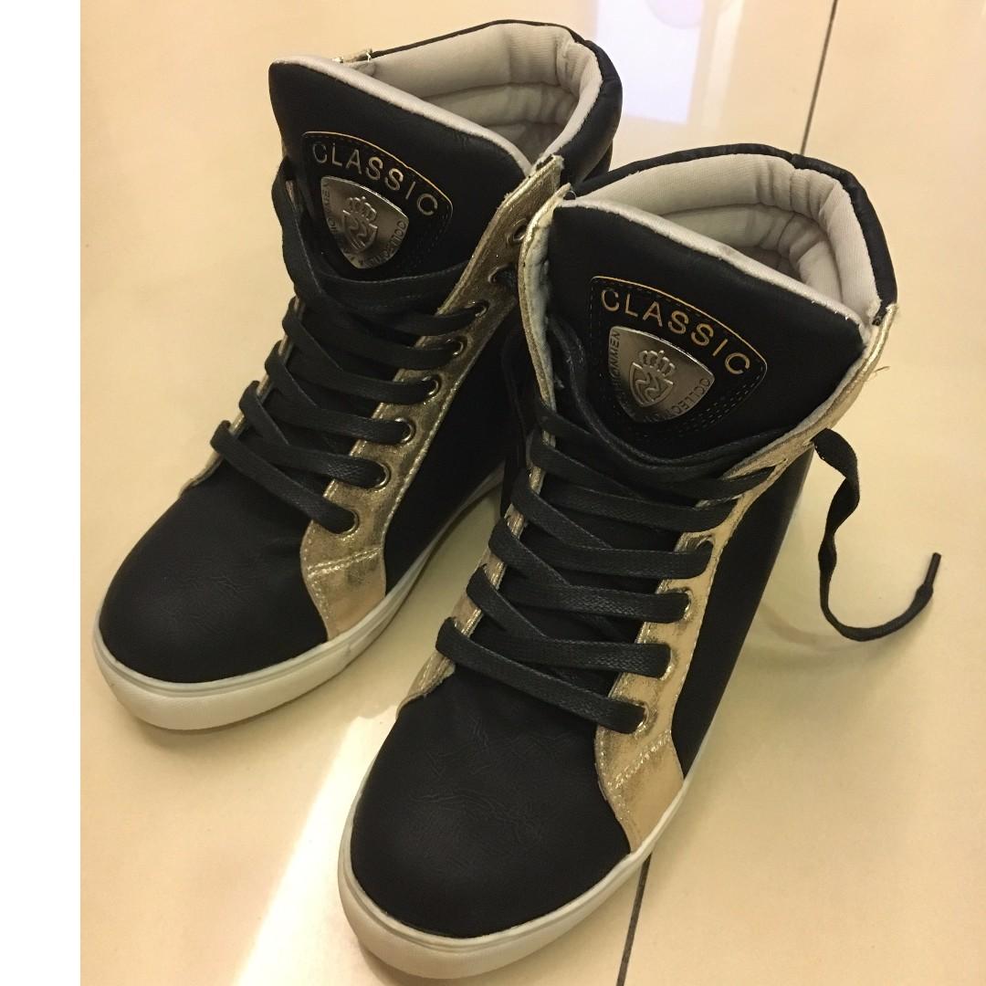 黑色內增高鞋 23.5