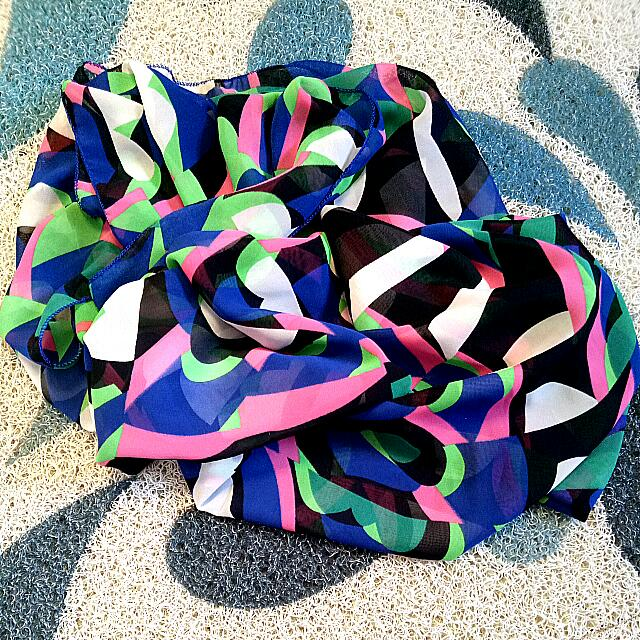 Abstract Shawl