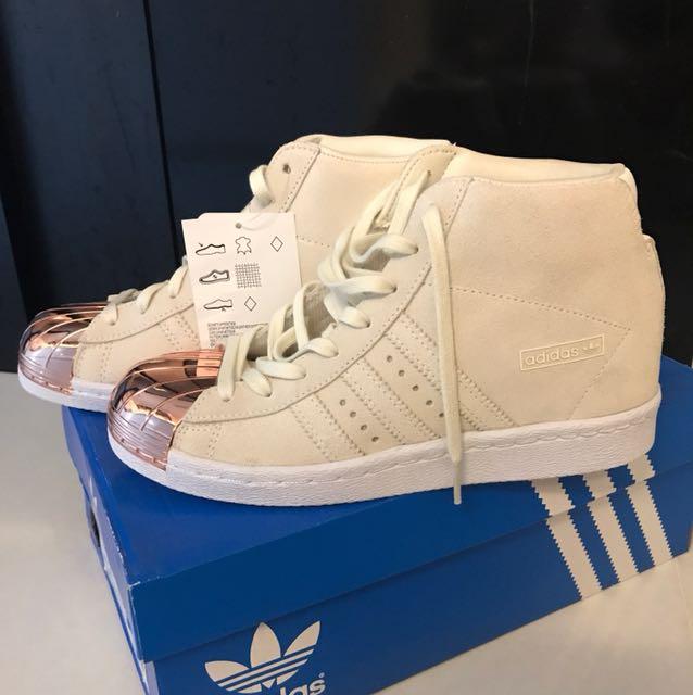 Haz lo mejor que pueda La nuestra En todo el mundo  Adidas Superstar UP METAL TOE W, Women's Fashion, Shoes on Carousell