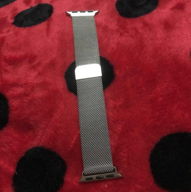 Apple Watch 38mm Silver Milanese Loop