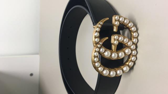 Authentic Gucci black leather belt with pearls