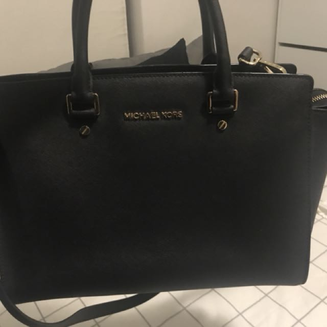 Authentic Michael Kors Selma Bag