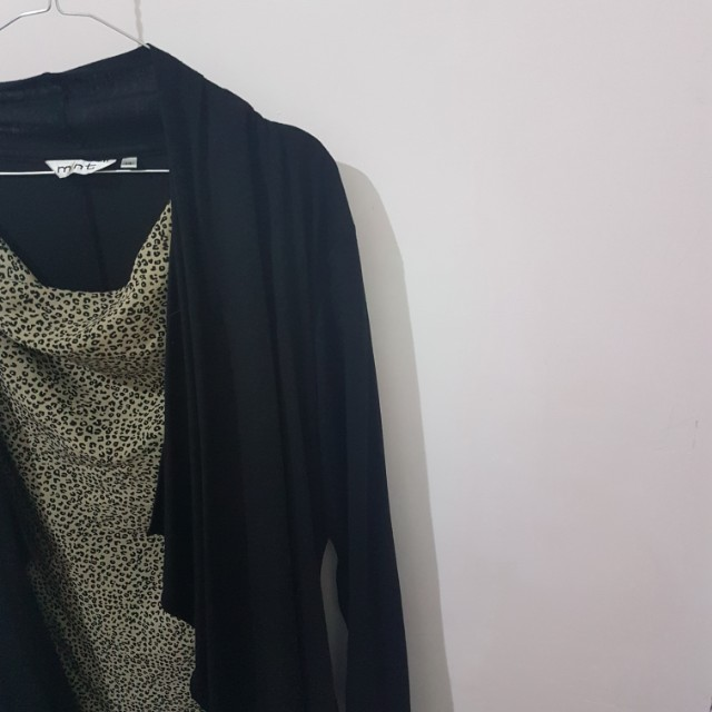 Blouse include with cardigan