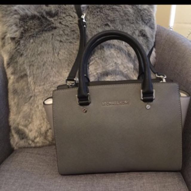 BNWT Michael Kors Medium Selma
