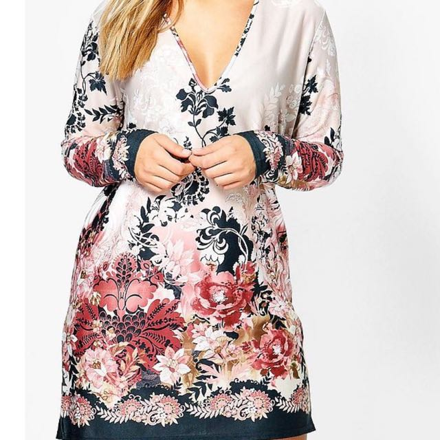 Boohoo floral dress size 16/18