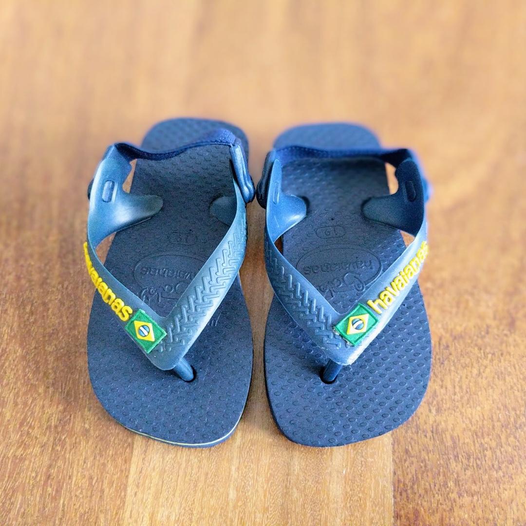 ac88e4bac187 Brand new Havaianas baby Brazil logo navy blue yellow flip flops ...