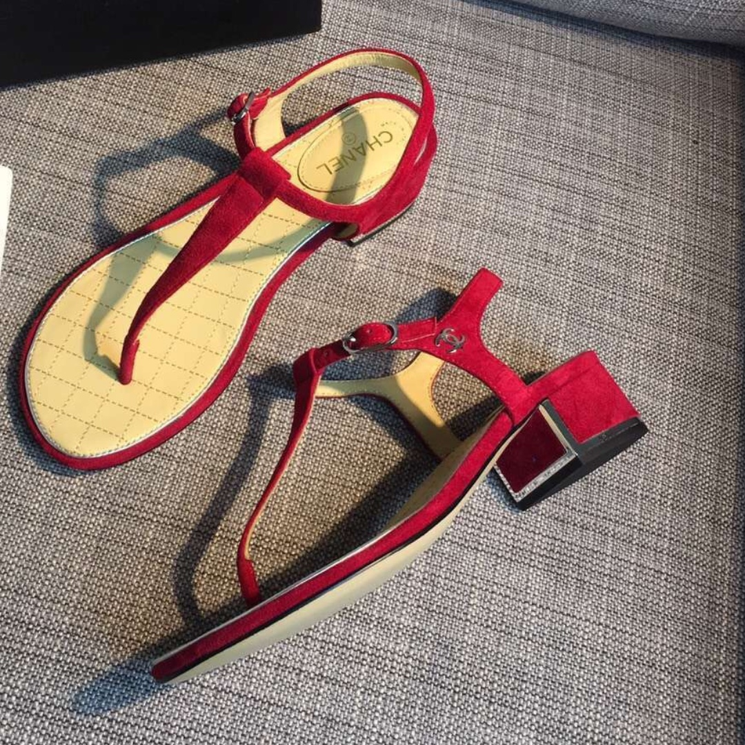 c57be024fcf Chanel 3cm block heel sandals 38
