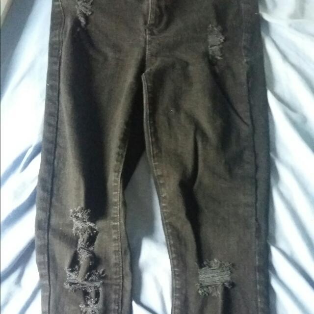 Dynamite Size 27 Skinny Jeans Black
