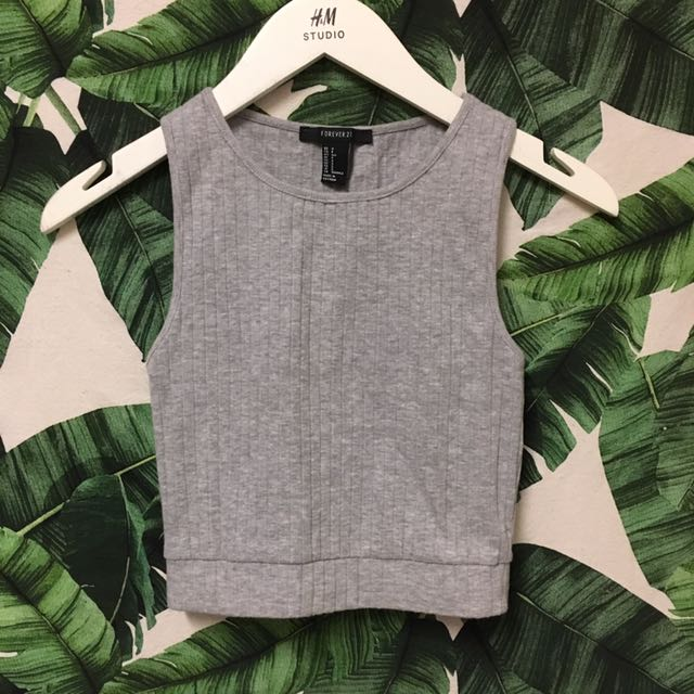 Forever 21 Grey Sleeveless Crop Top