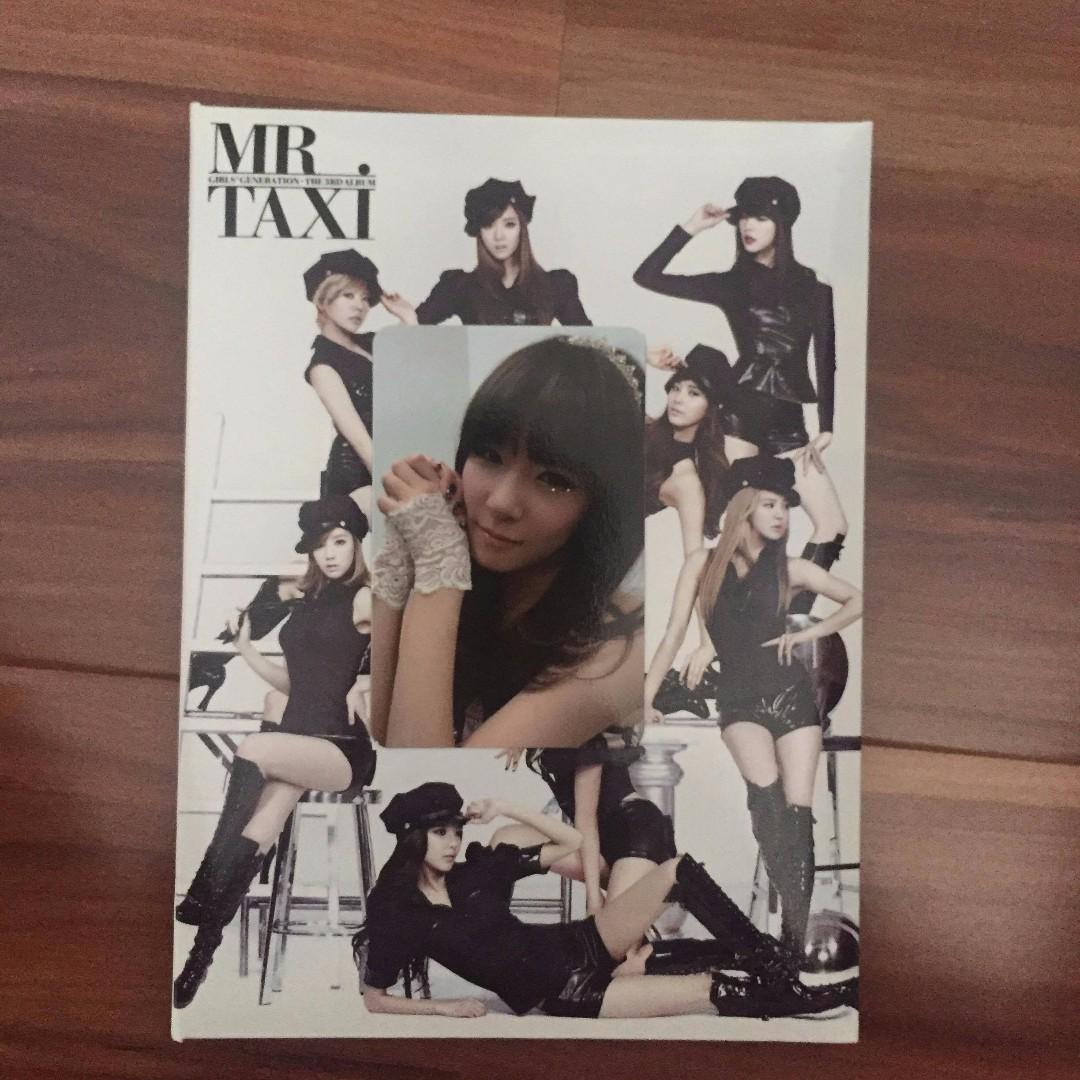 Girls' Generation - Mr. Taxi Album + Photocard