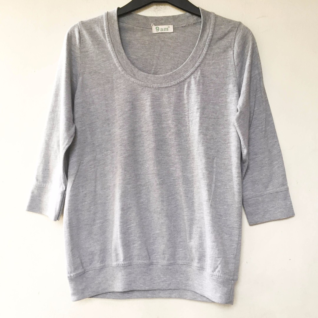 Grey sweater half sleeve