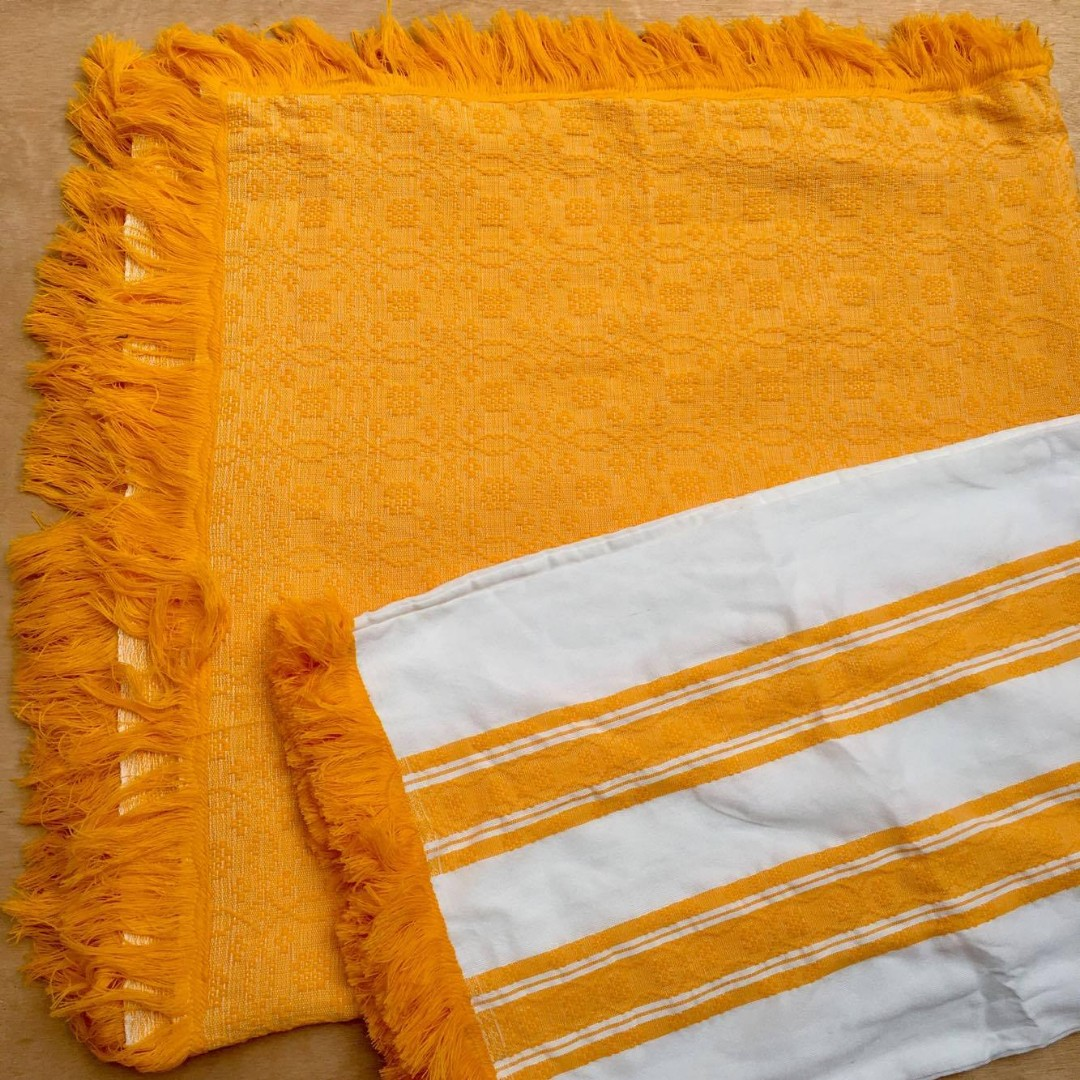 Blanket+2Pillowcases (Ilocos Inabel)