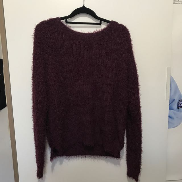 H&M burgundy knitted sweater