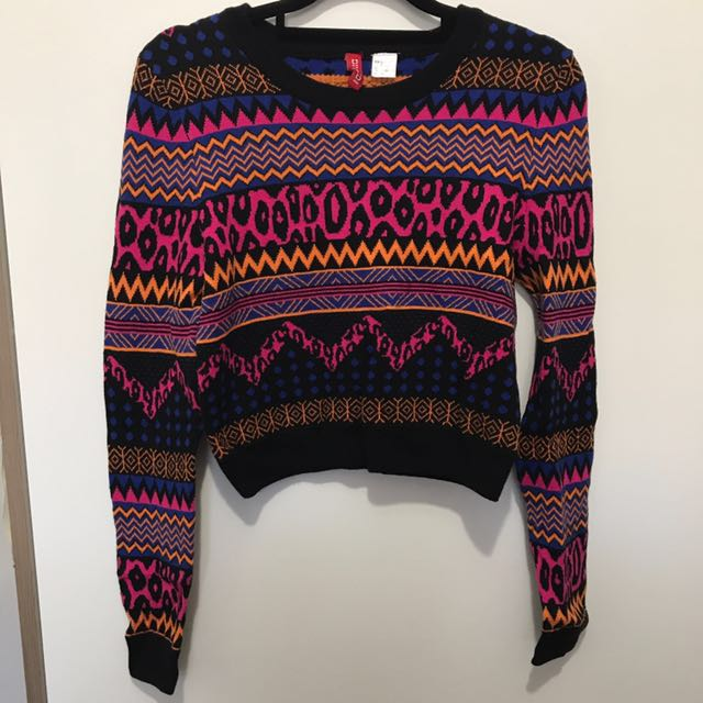 H&M cropped knitted sweater
