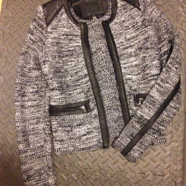 Line blazer size small