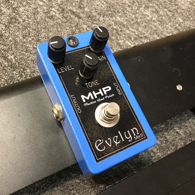 MHP Evelyn MKII Distortion