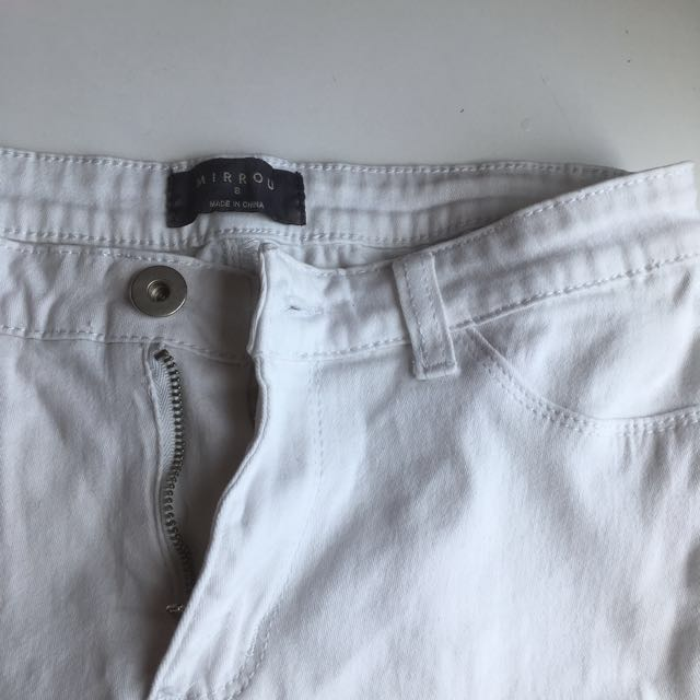 Mirrou white jeans size 8