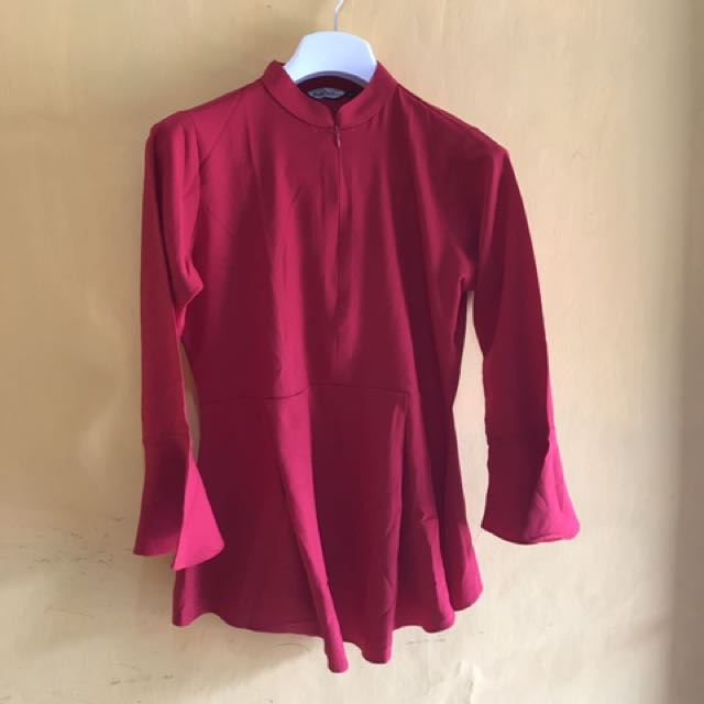 Muchabadres Red Blouse