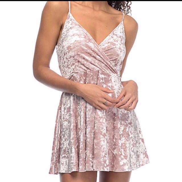 *new* pink velvet dress small