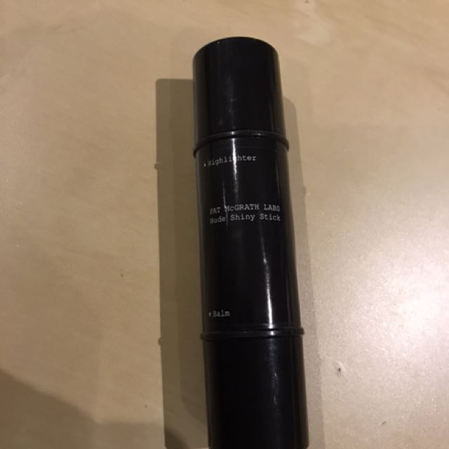 PATT MCGRATH SKIN LABS HIGHLIGHTER