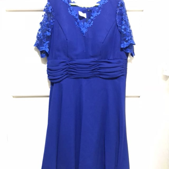 Plus -sized Cocktail Blue dress Lace Sleeves