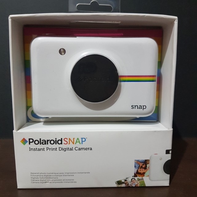 Polaroid Snap with FREE 10 pcs film