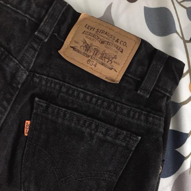 PRICE DROPPED Rare Vintage Levi's Mom jeans