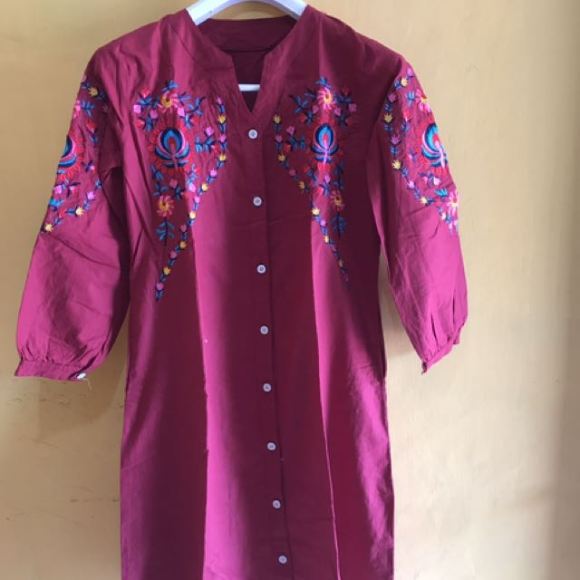 Red Embroidery Tunik