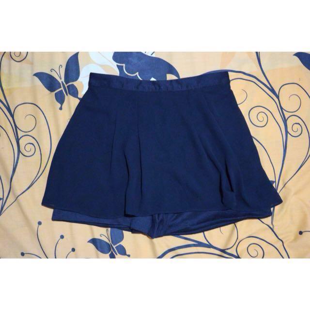 Rok pendek / rok celana / skort