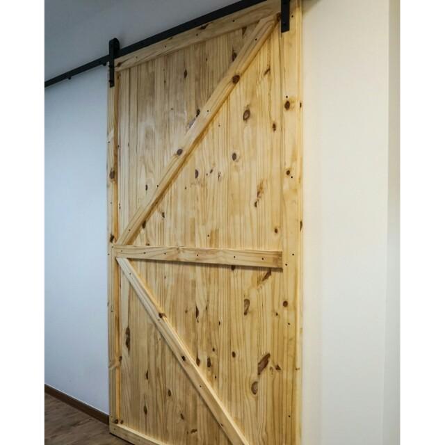 Solid pine wood doors