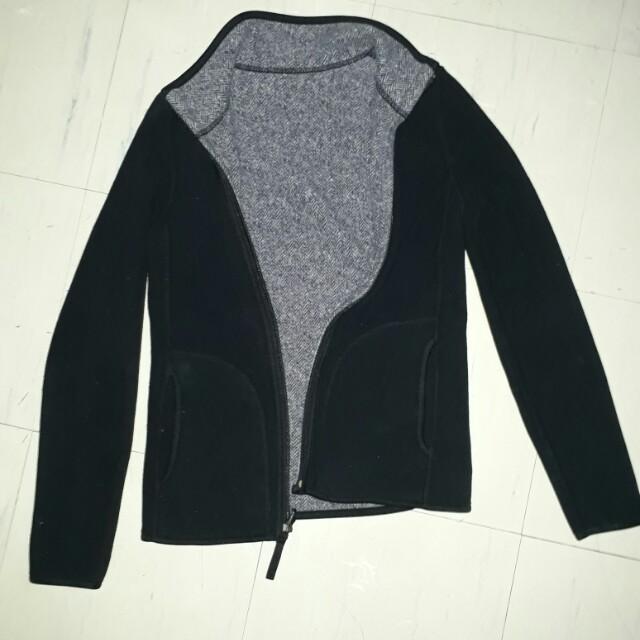 UNIQLO reversible fleece jacket