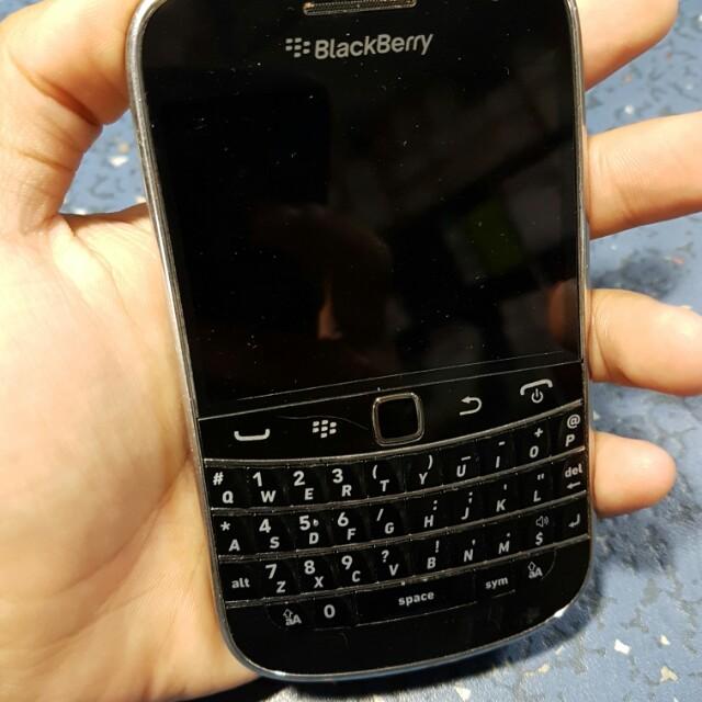 Used Blackberry Bold 9900