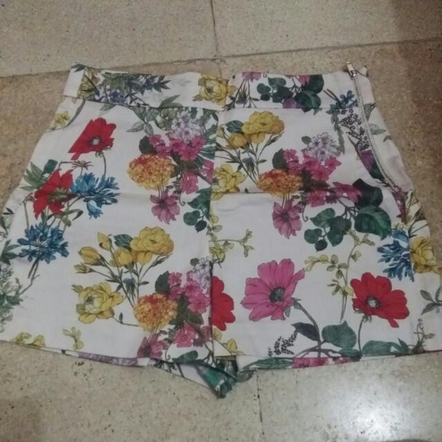 Zara short pants flower