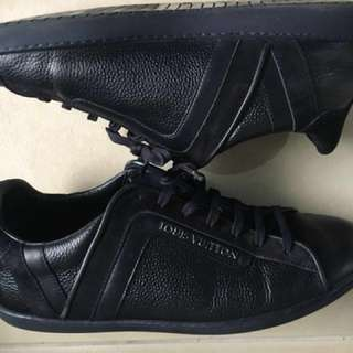 """Louis Vuitton """"Twister"""" Navy Grained Learher"""