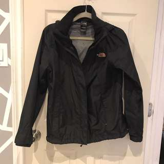 the north face rain hacket size meduim condition 9-10. bought it for $100.00