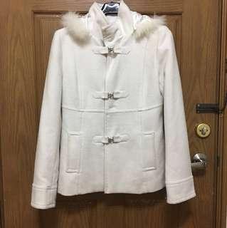 日本專櫃氣質白色短大衣