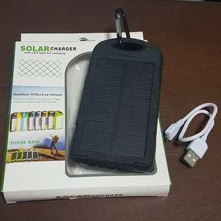 Solar Powerbank 8000mah