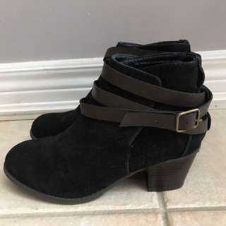 Mossimo Supply Co. Black Faux Suede Booties