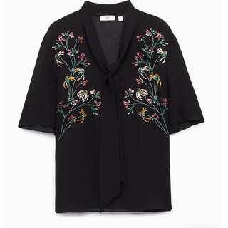 ARITZIA Zinnia Black blouse.