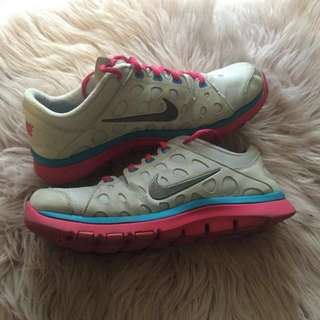 Womens Nike Runners