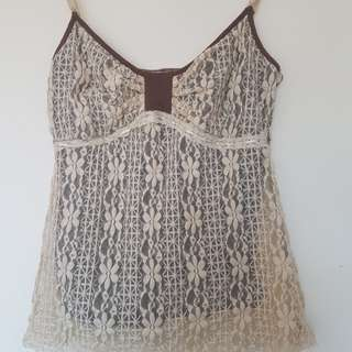 Beautiful lace singletsize S-M