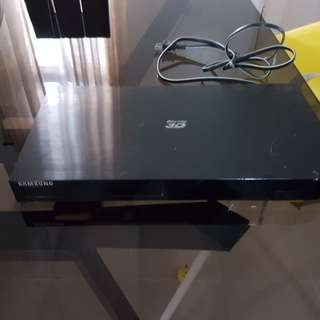 Sound bar, wireless speaker and blueray dvd
