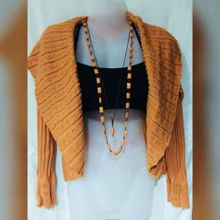 Knitted short Cardigan