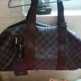 Lv Shoulder/travel Bag